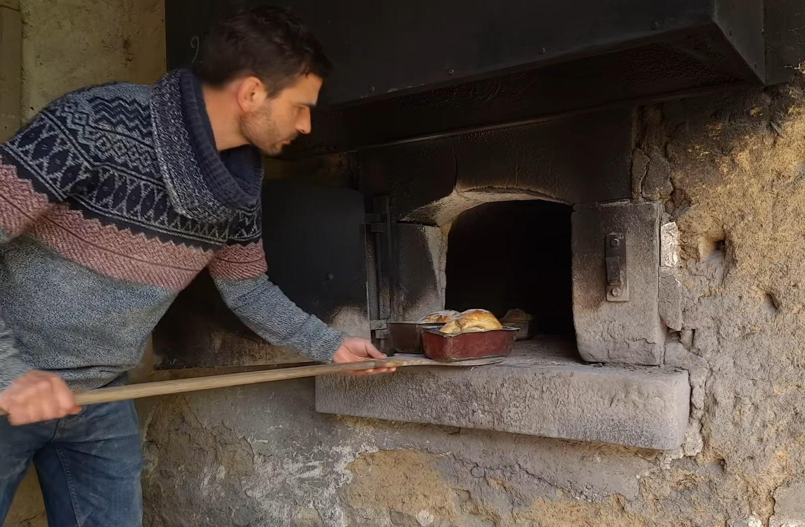 Paysan-boulanger / The farmer-baker